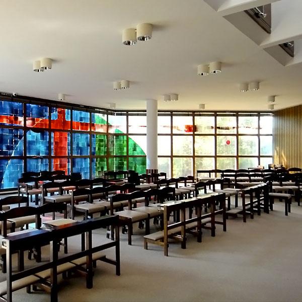 Kapelle CS Mackgasse mit Glasfenstern von Günther Kraus