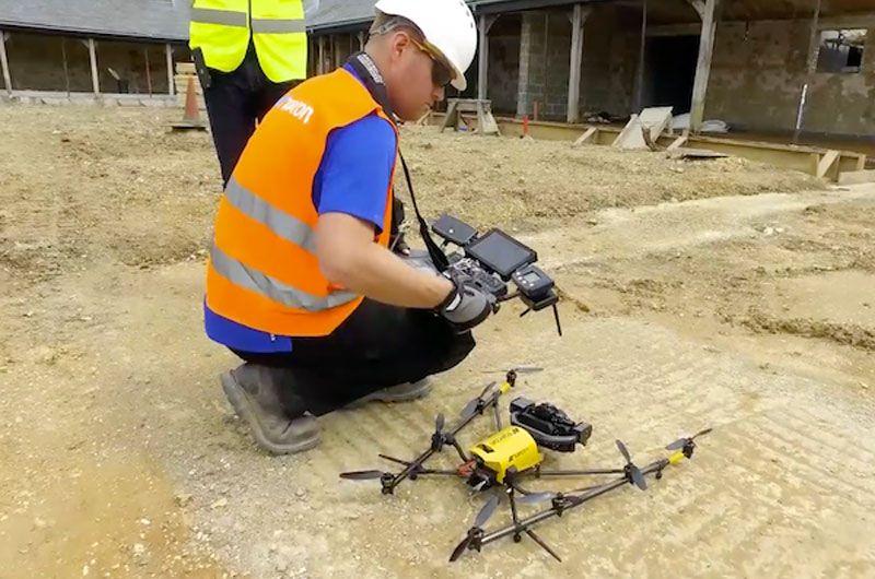 Drohne am Bauplatz