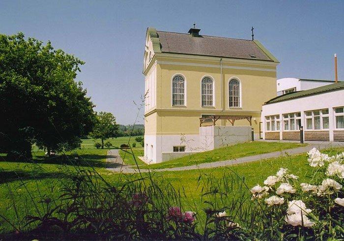 Integrierte, 1902 erbaute Kapelle im Clementinum