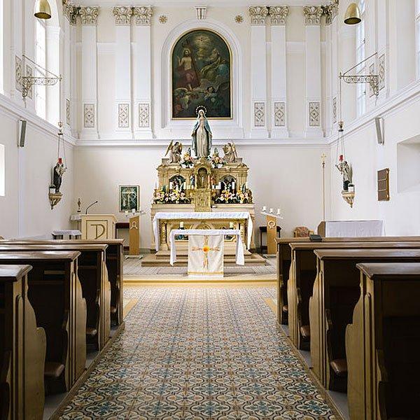 Altarraum der Kapelle HB Clementinum